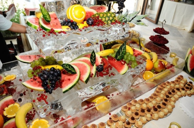 Suport fructe din gheata